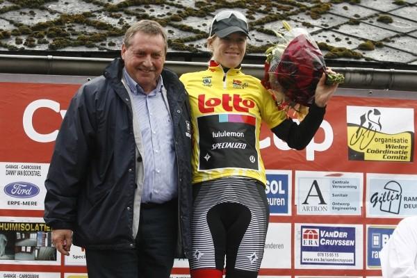 Ellen van Dijk wint eindklassement in België