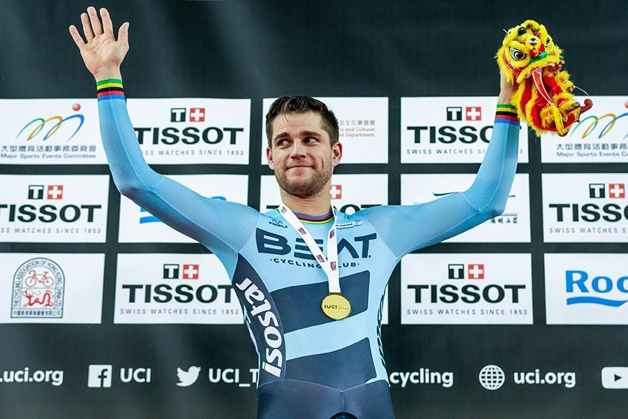 Theo Bos wint WB keirin Hongkong