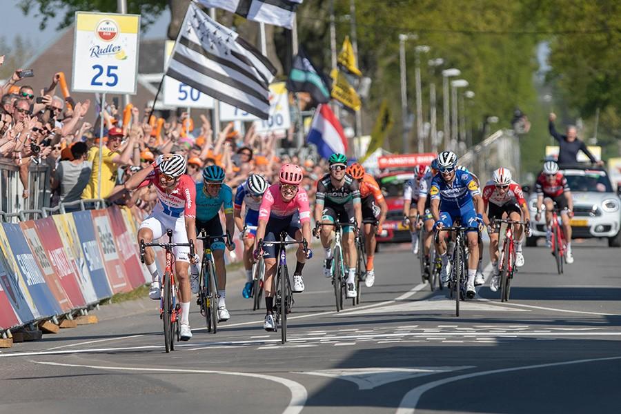 Van der Poel wint Amstel Gold Race