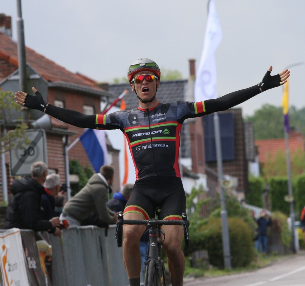 Arne Peters verkast naar Vlasman Cycling