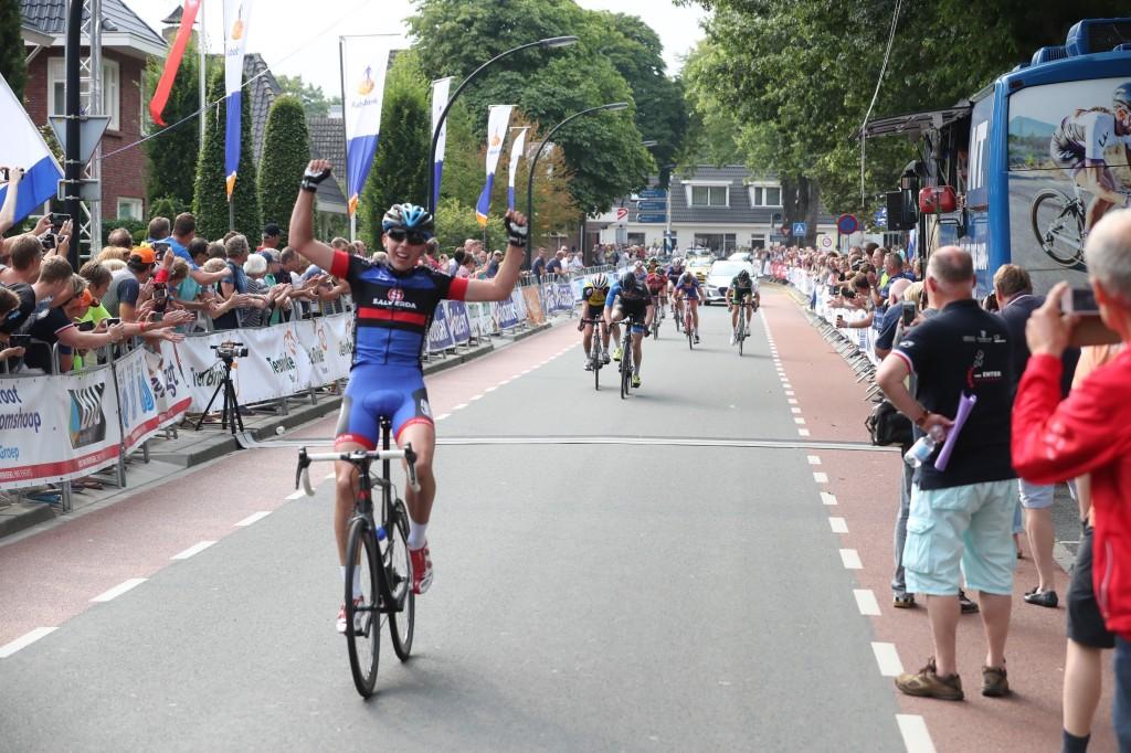 Twee nieuwe talenten voor VolkerWessels-Merckx