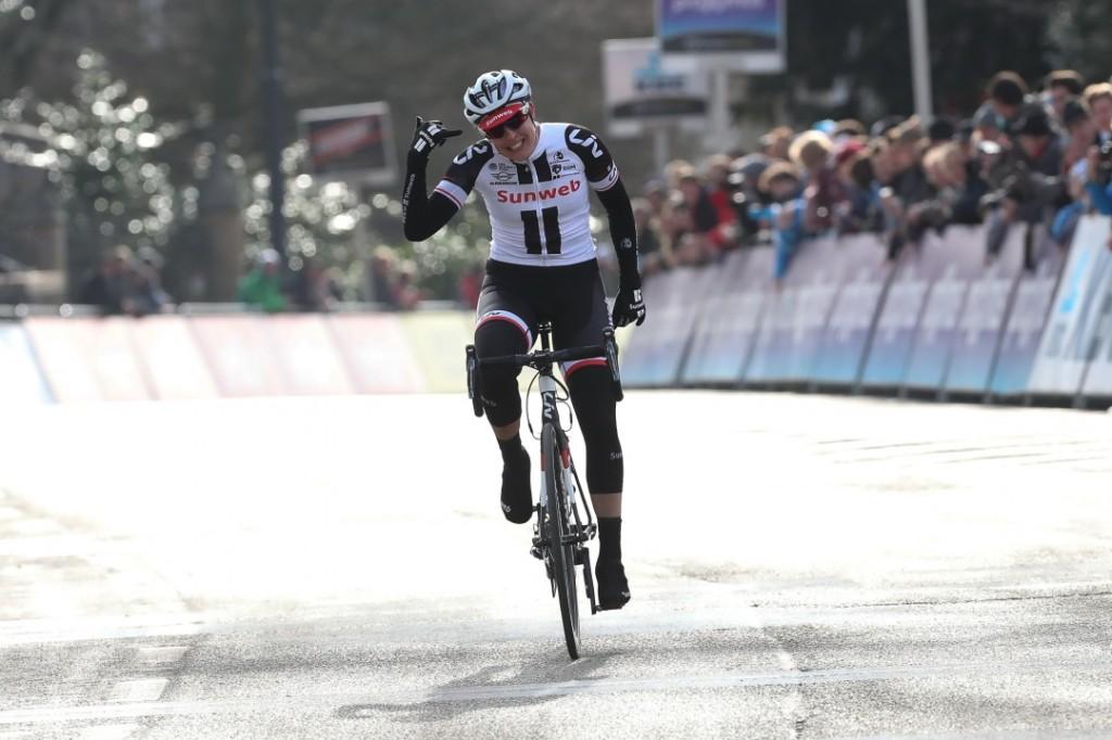 Team Sunweb voor Omloop Nieuwsblad