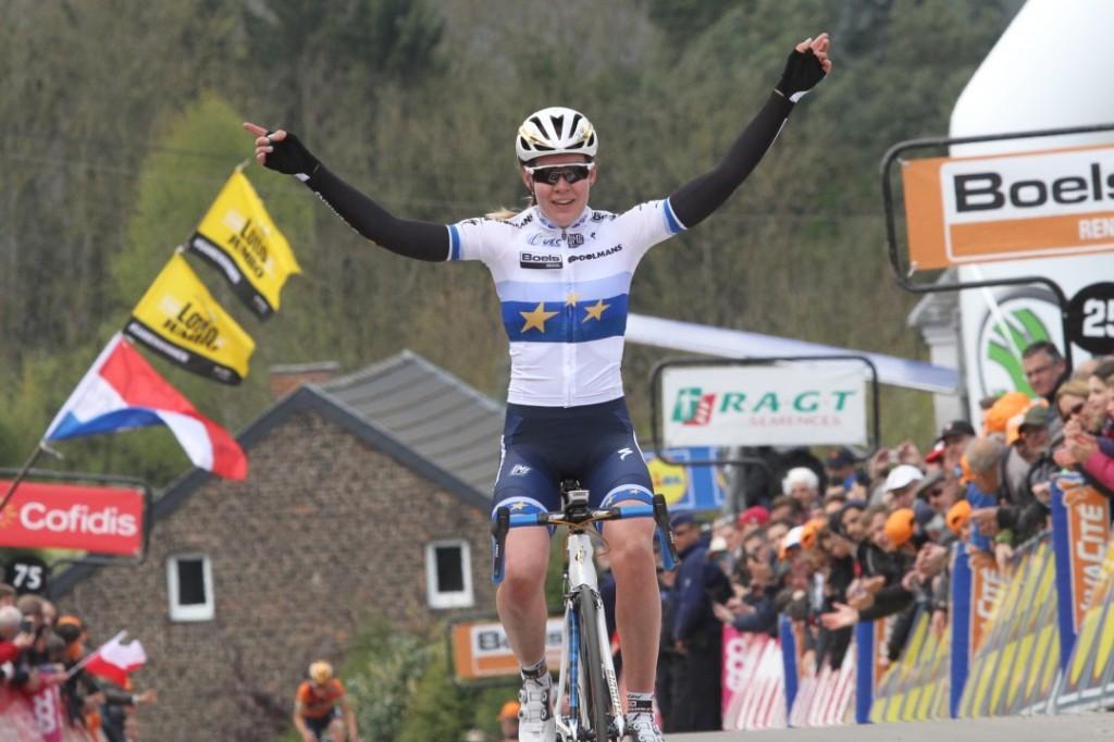 Van der Breggen rijdt La Course by Le Tour