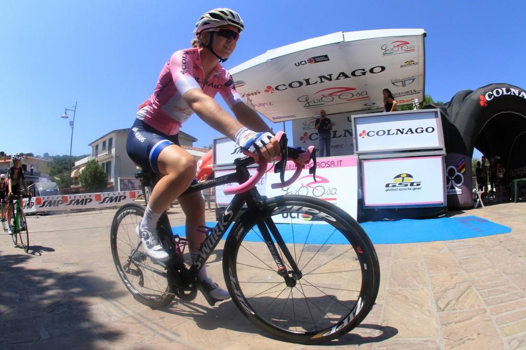 Van der Breggen in roze slotdag Giro in
