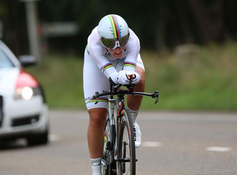 Brennauer wint en leidt in tijdrit Boels Ladies Tour