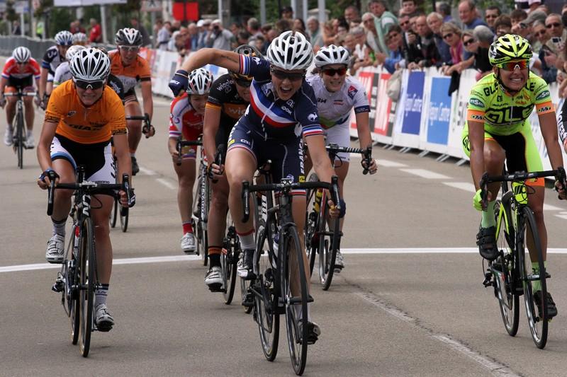 Audrey Cordon wint vijfde rit Route de France