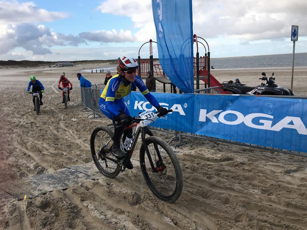 Laatbloeier De Jong wint Strandrace-klassement
