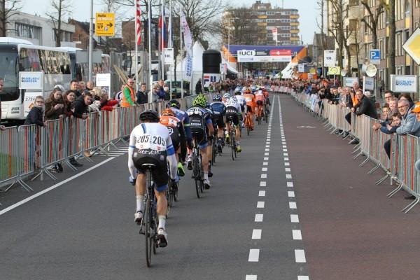 CCC en Trek-Segafredo in Drenthe