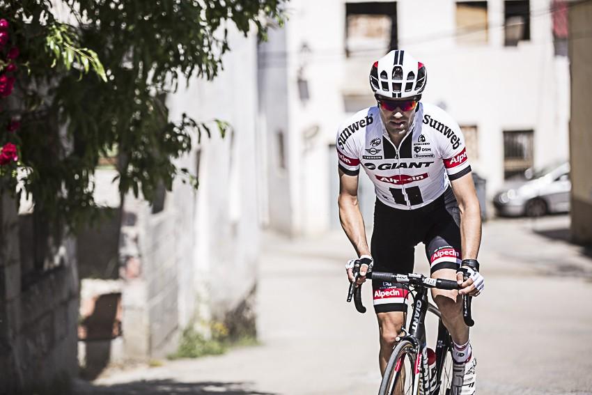 Giant-Alpecin in het wit in Tour de France