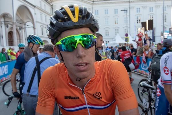 Eenkhoorn sprint in top 10 in Tirreno