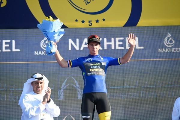 Groenewegen wint openingsrit Dubai