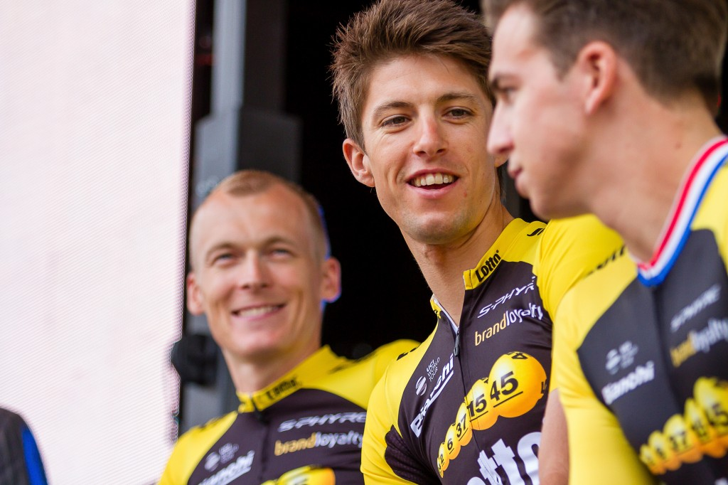 Lotto-Jumbo met man minder in Dubai