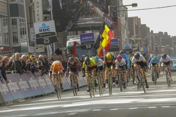 Nederlandse vrouwenteams uitgenodigd voor Gent-Wevelgem