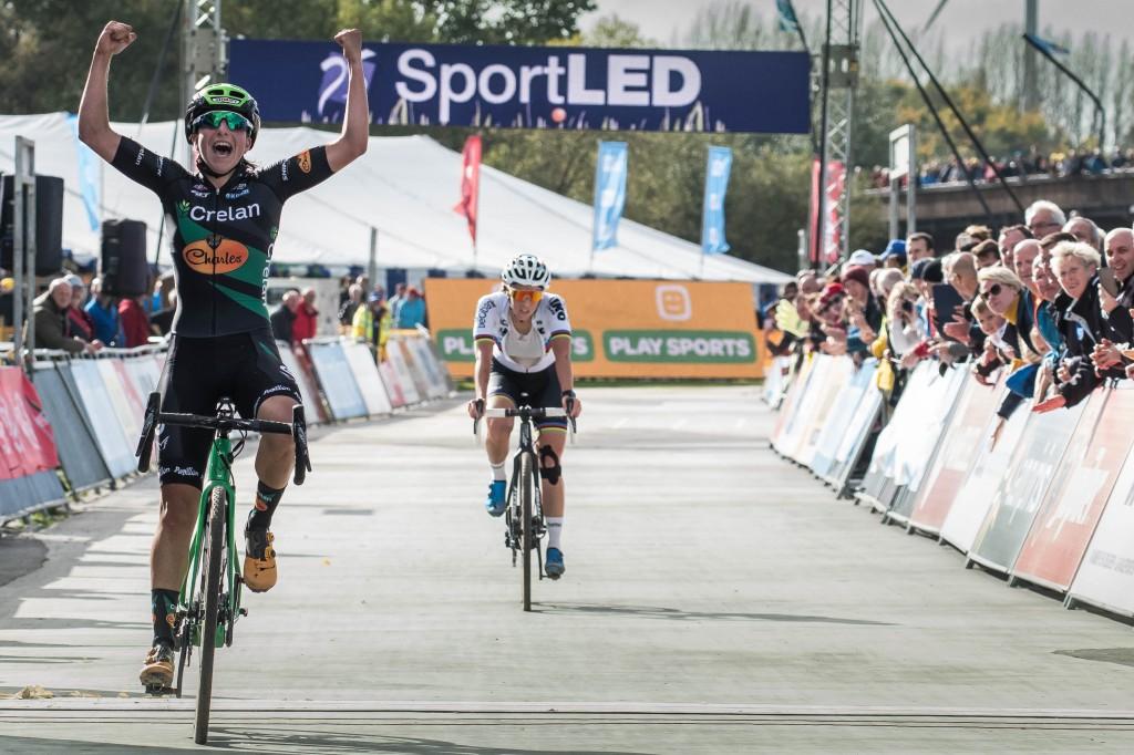 Kaptheijns en Van der Haar winnen in Woerden