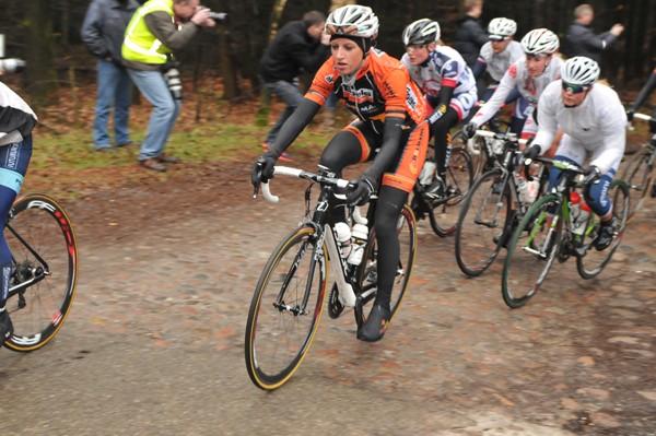 Meer keien in Ronde van Drenthe