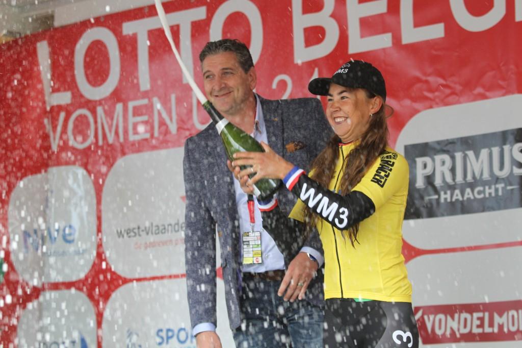 Anouska Koster wint in Lotto Belgium Tour