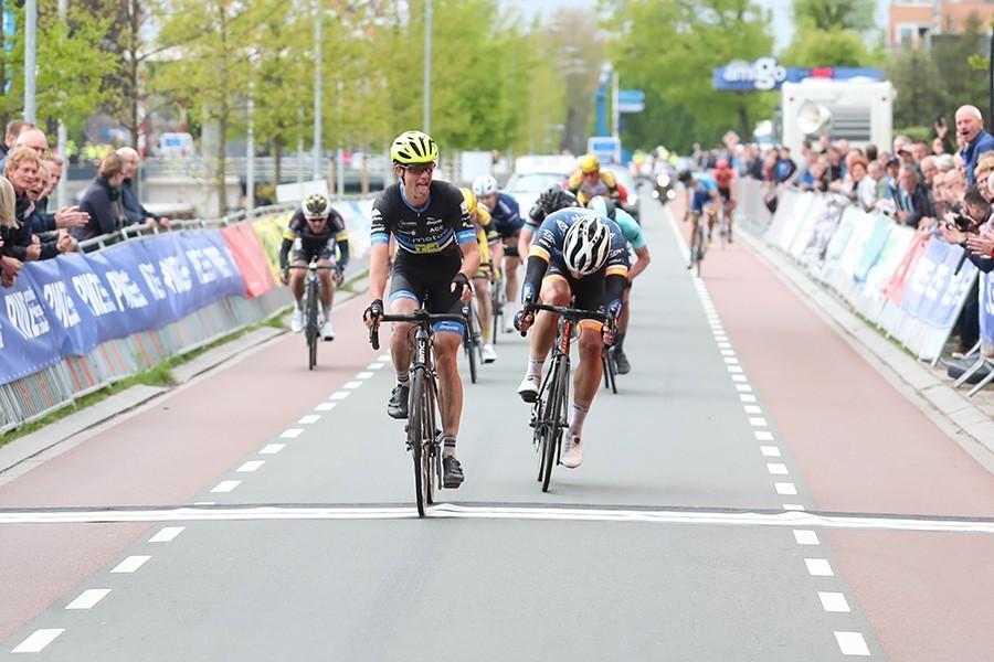 Metec-TKH kleurt finale tweede rit Cro Race