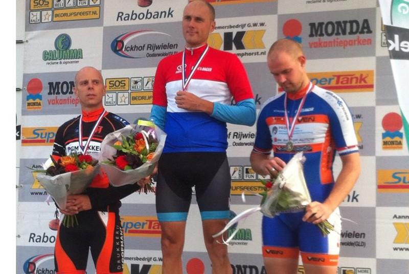 Nieuwe Nederlandse kampioenen masters tijdrijden