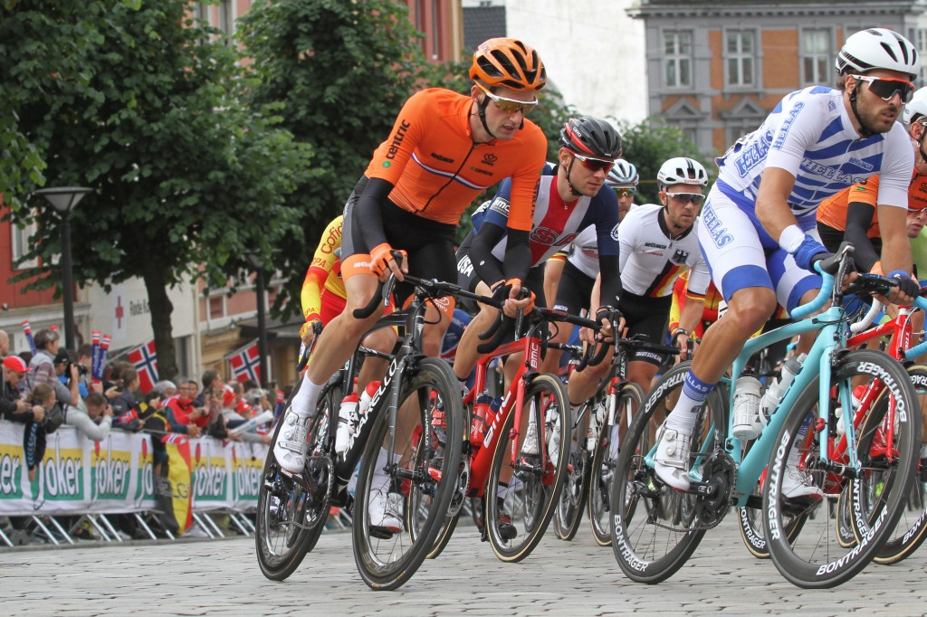 Poels is vierde in derde rit Vuelta