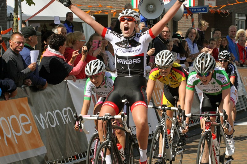 Anouk Rijff Nederlands kampioene junior-vrouwen