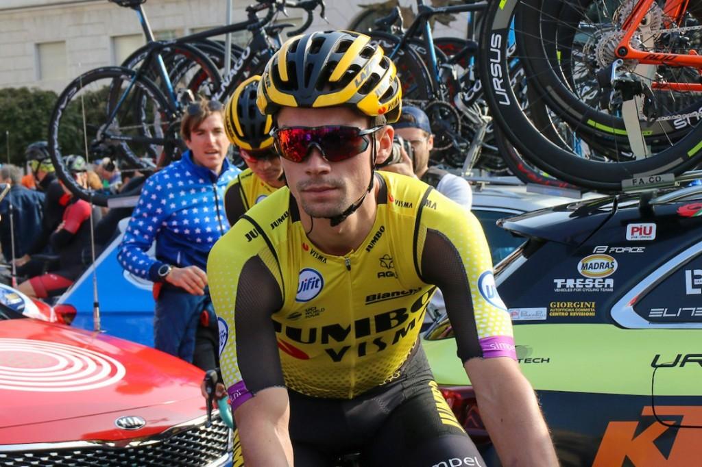 Vuelta: Roglic houdt stand als leider