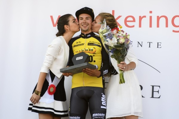 Lotto-Jumbo wint met Roglic in Tirreno