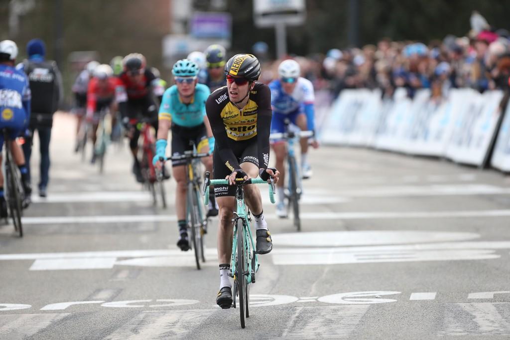 Roosen sprint in top 10 in Tour Down Under