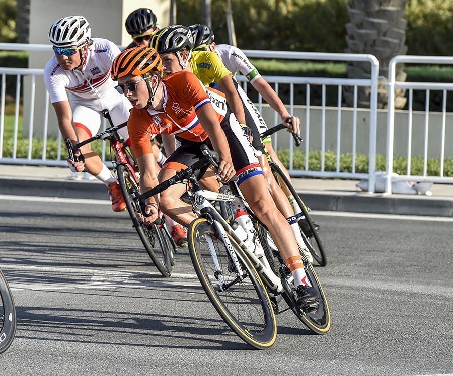 Schelling grijpt net naast dagwinst in Giro -23