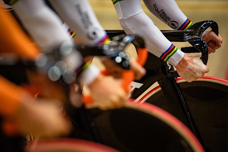 Teamsprinters winnen dubbel goud op EK Baan