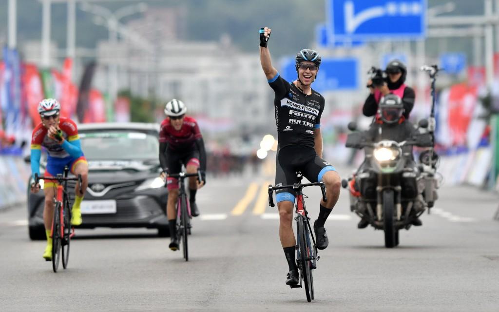 Ivar Slik wint opnieuw rit 3 in Tour de Fuzhou