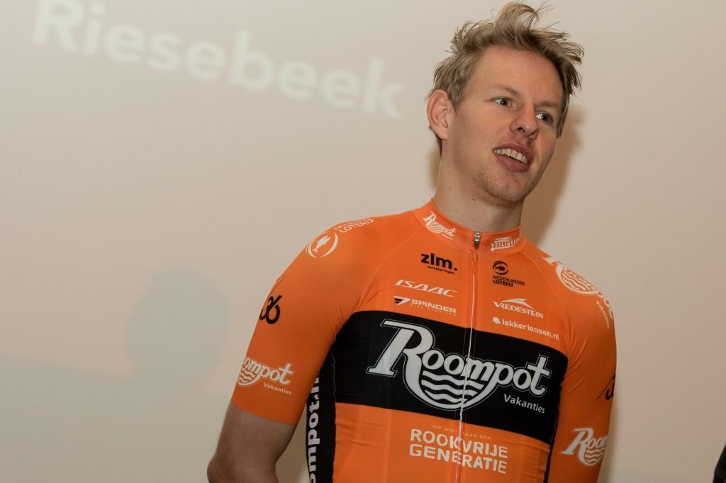 Van der Hoorn toch naar WorldTour