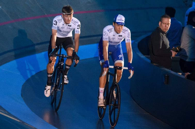 Van Baarle en Terpstra knokken voor podium