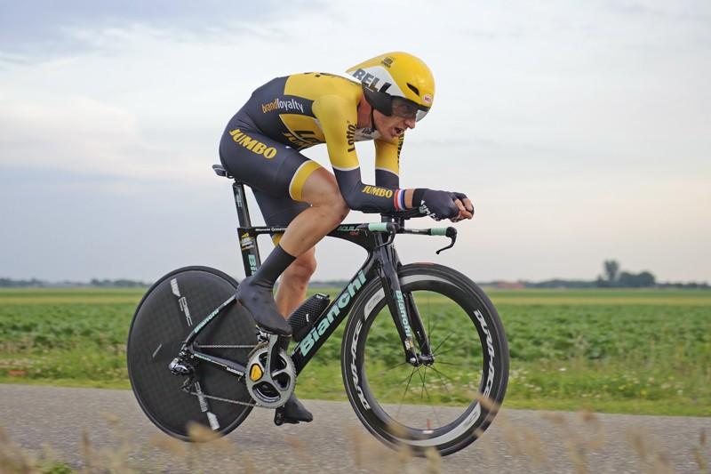 Dennis klopt Van Emden nipt in slottijdrit Tirreno