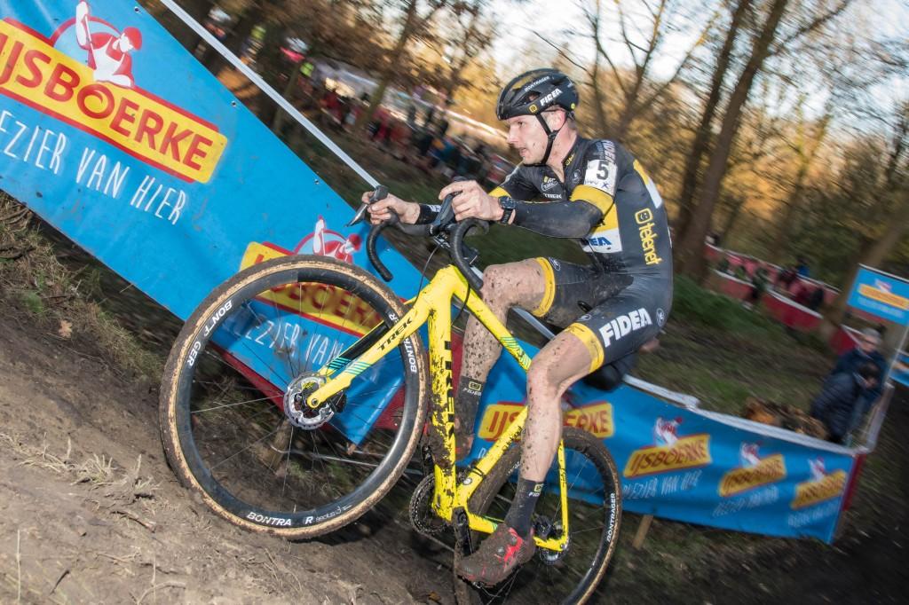 Van Kessel wint Leuven