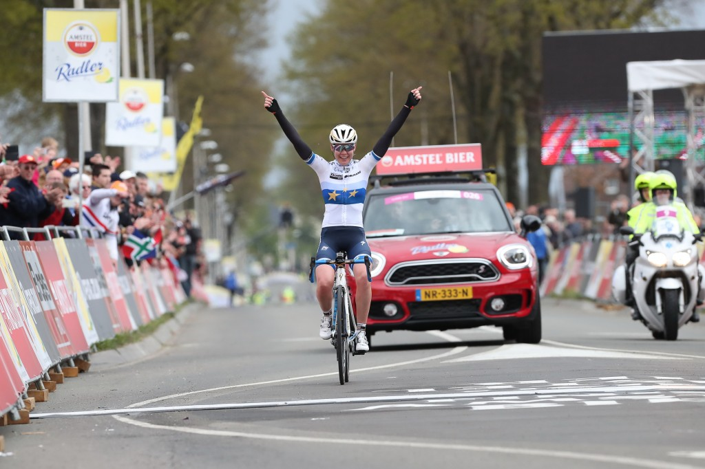Van der Breggen wint Amstel Gold Race