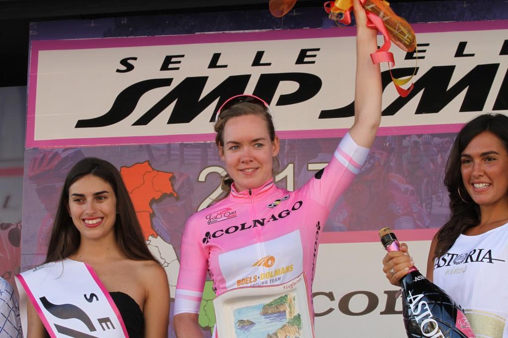 Van der Breggen naar vierde Giro-eindzege