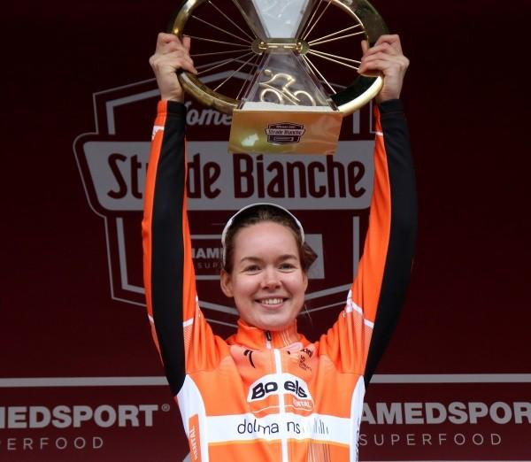 Van der Breggen met winnaressen naar Strade Bianche