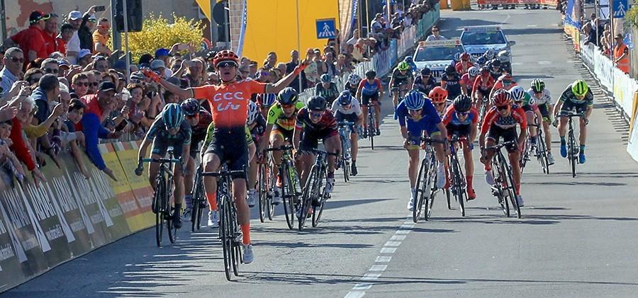Vos wint  derde rit in Giro Rosa