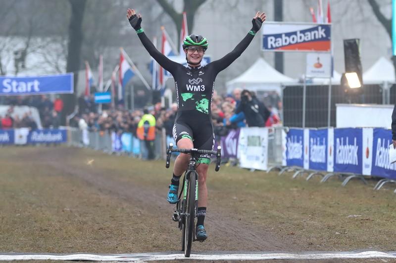 Vos is opnieuw Nederlands kampioene
