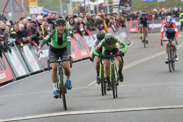 Vos start wegseizoen in Ronde van Drenthe