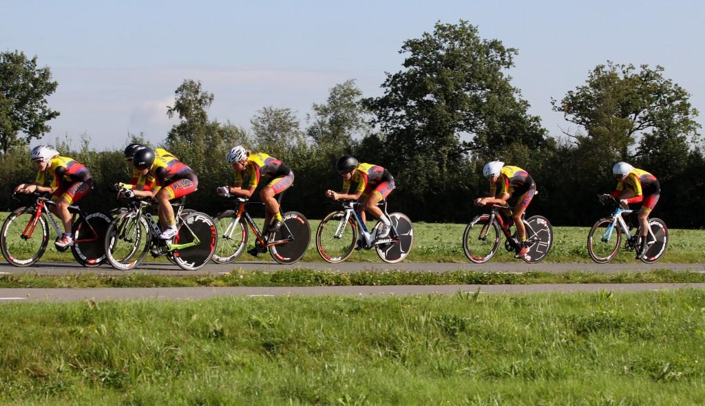 Jan van Arckel wint ploegentijdrit clubcompetitiefinale
