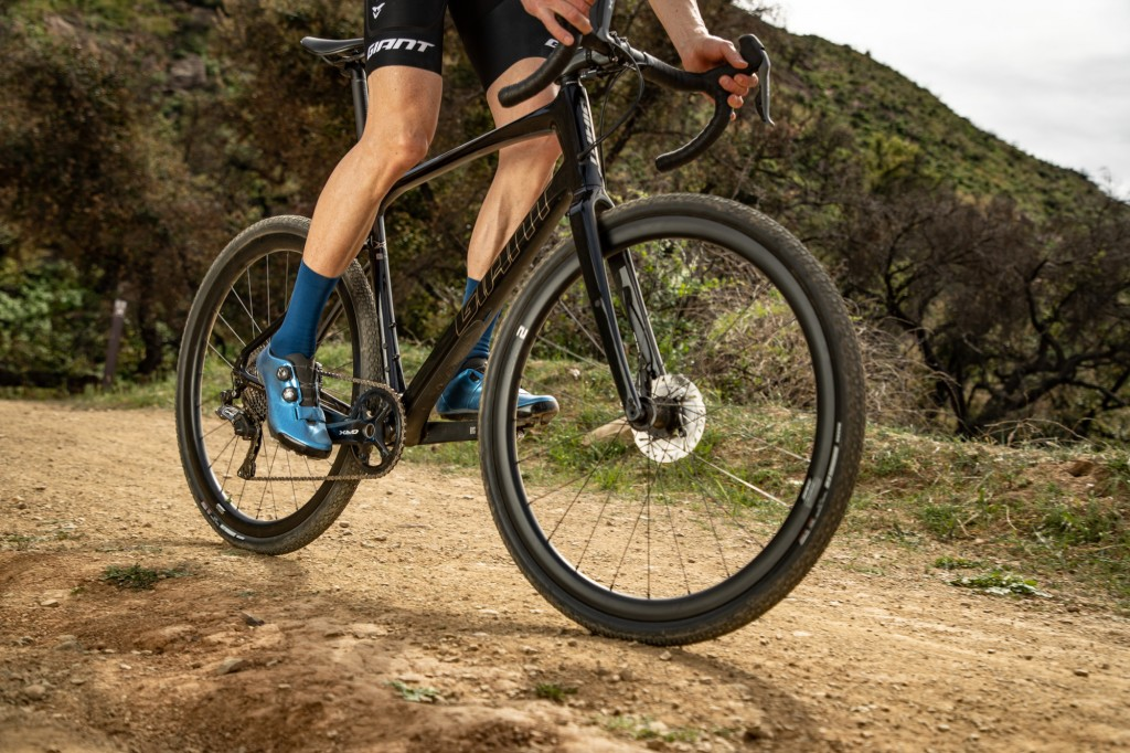 Giant onthult CX2 2 Carbon Gravel Wheelsystem