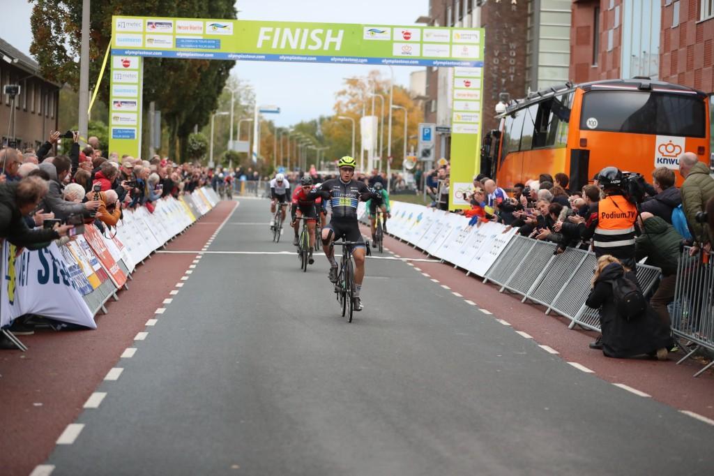 De Kleijn wint OT-etappe in Hardenberg