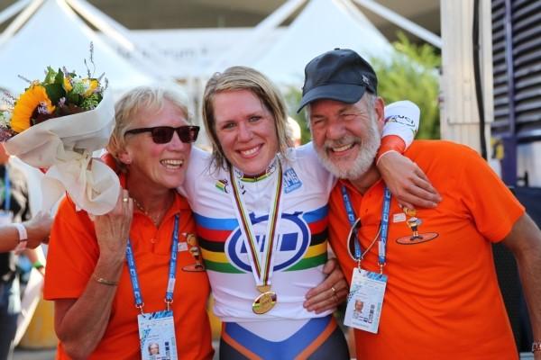 Ellen van Dijk wereldkampioene tijdrijden