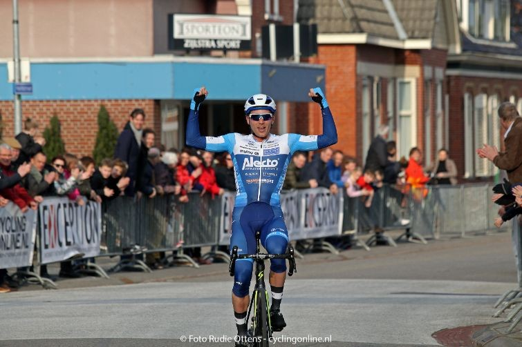 Vermeltfoort wint ook Ronde van Groningen