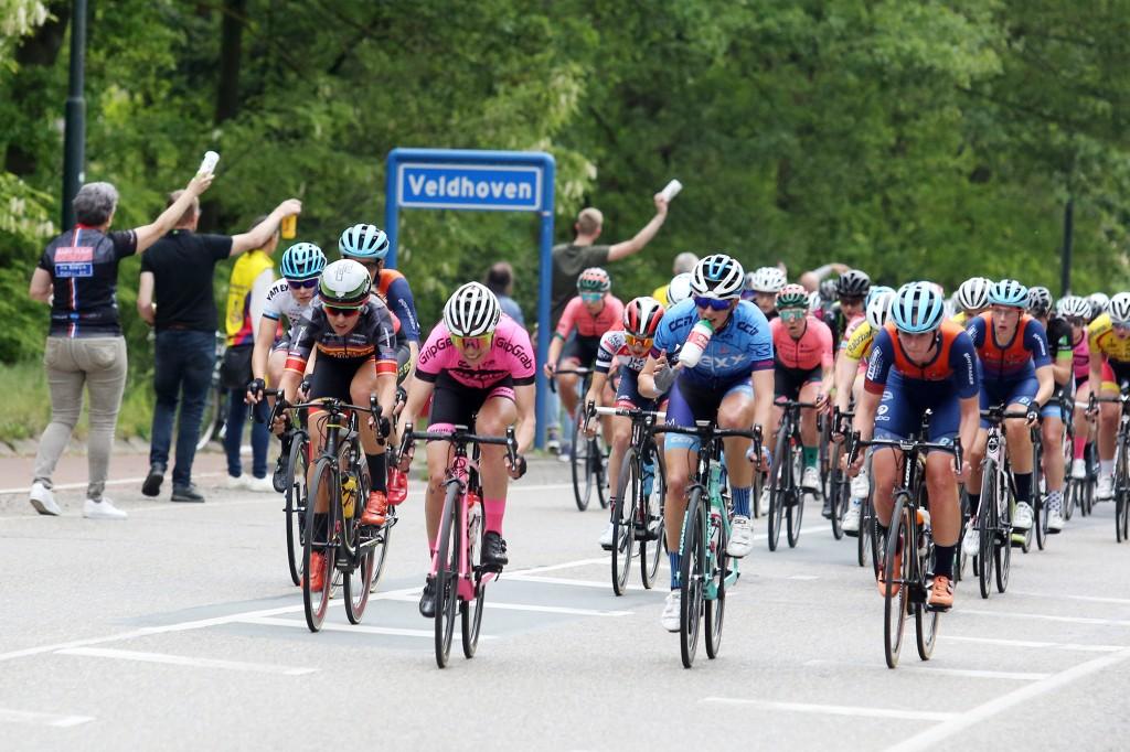 Ploegen voor ZLM Omloop der Kempen vrouwen