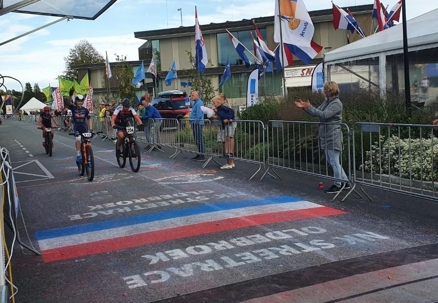 Pieterse en Groen naar titel NK Streetrace
