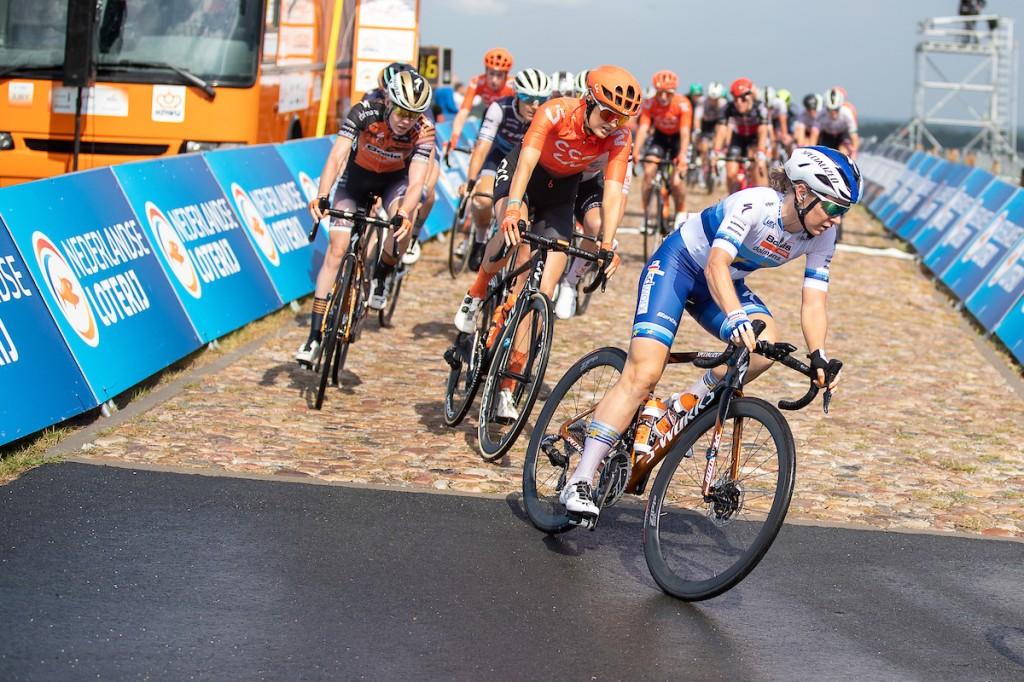 Vier Nederlandse vrouwen bij Liv Racing