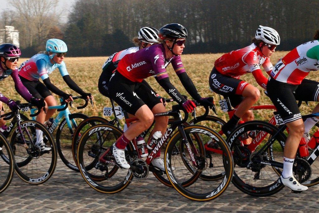 Deelnemers en rugnummers Parijs-Roubaix vrouwen