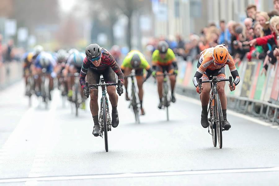 Ronde van Drenthe is voor Pieters